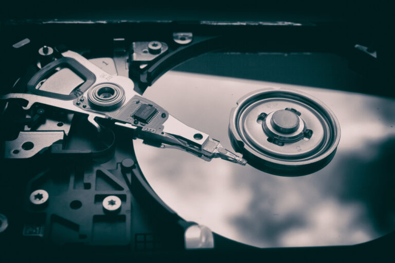 SSD Vs HDD - What You Really Need For Gaming!